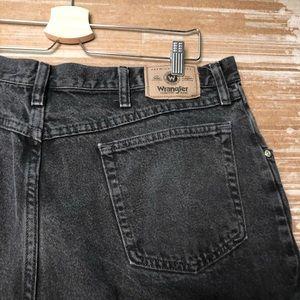 Wrangler Shorts - VTG Wrangler Black High Rise Denim Shorts Size 14